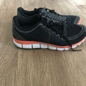 Nike Tennis shoe- size 8.5